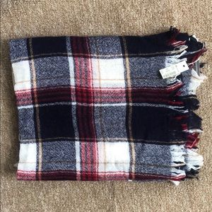 Thin Blanket Scarf